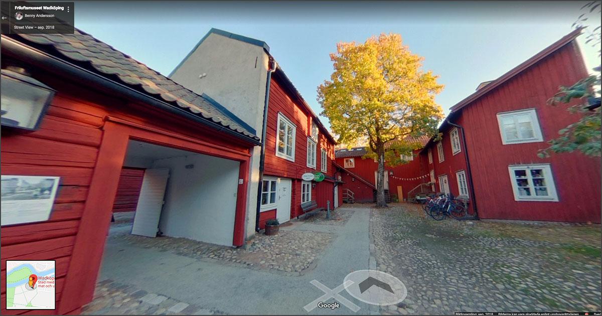 Blå linjer i Wadköping, Örebro – Street View